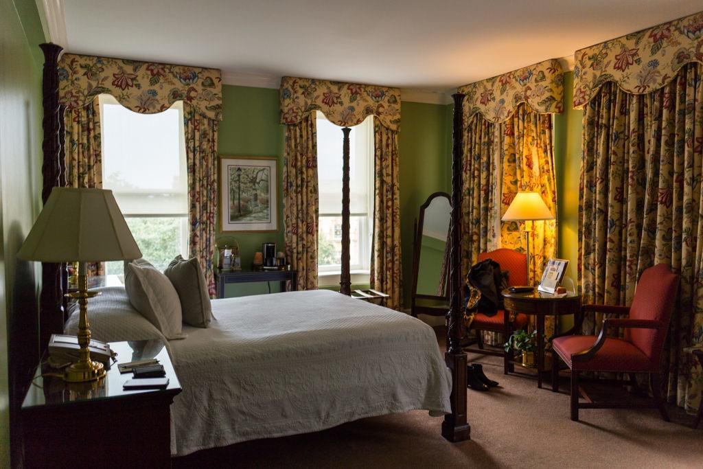 Notre chambre d'hôtel à Savannah : ça donne vite un aperçu du cadre.
