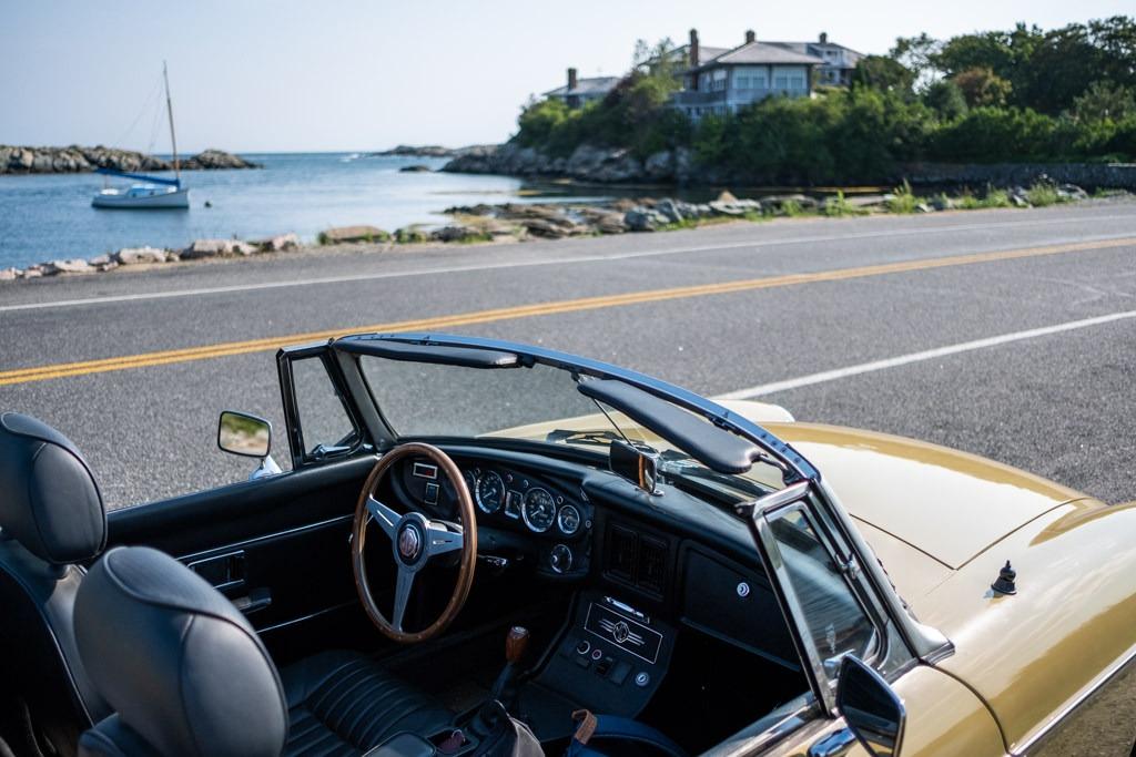 Newport Ocean Avenue